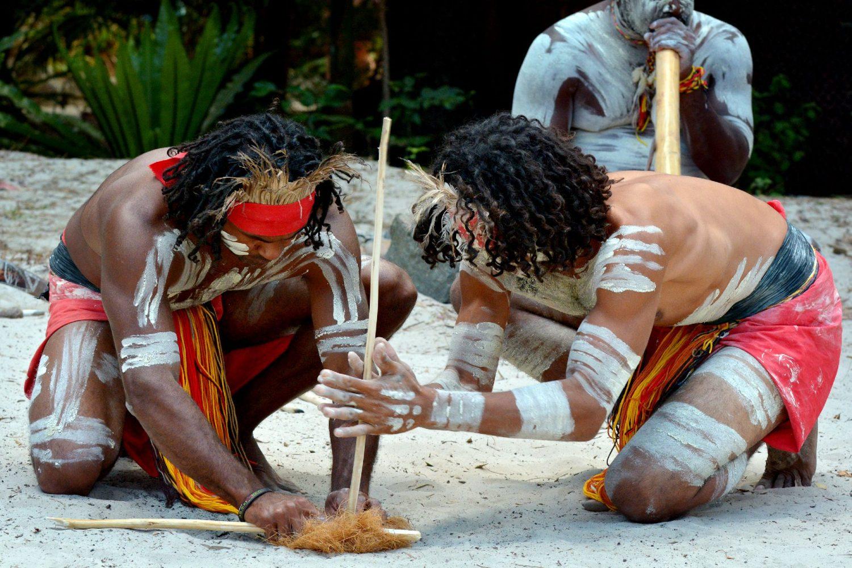 Аборигени в Австралия